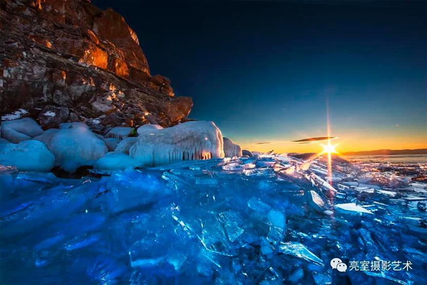 亮室.2020.贝加尔湖蓝冰摄影创作